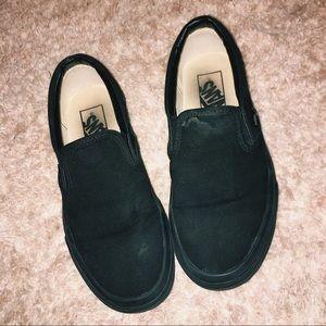 all black slip on vans